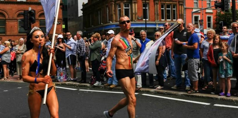 50 000 personnes attendues à la parade gay de Belfast