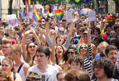 à la sortie de la gay pride de Lille