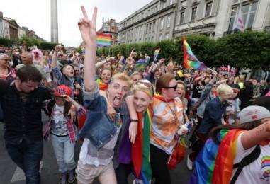 Gay pride : samedi, on marche Tours et Nantes