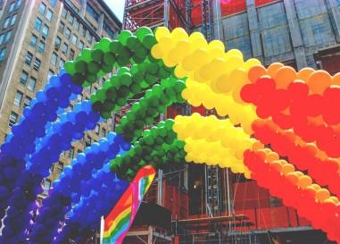 Les célébrations de la fierté en Europe marquent le cinquantième anniversaire du soulèvement de Stonewall