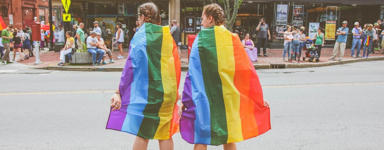 Report de la gay pride de Paris 2020